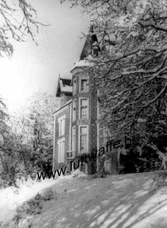 F-27300 Bernay. Château en hiver (WL140)