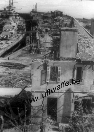 F-29200 Brest. Bombardement en 1941 (WL492)