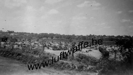 F-44110 Châteaubriant. Juillet 40. Camp de PG (WH74)