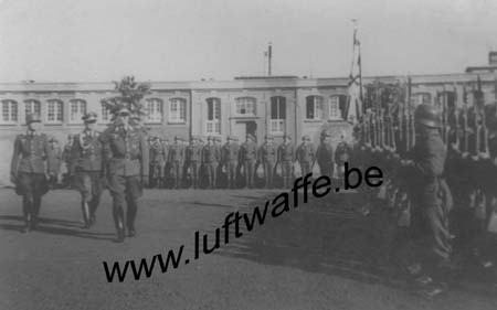 F-49000 Angers. Caserne. Parade. 1941 (1)