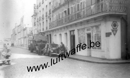 F-50330 Théville, rue du Louvre. 1941 (WL457)