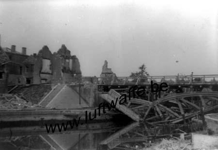 F-59111 Bouchain. Mai 40. Le pont (WH28)