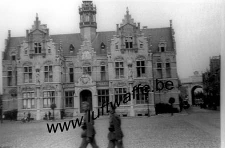 F-59400 Cambrai. Mai 40. Hôtel de ville (WH77)
