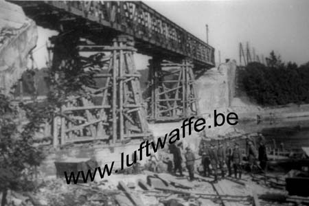 F-60100 Creil. Juillet 40. Pont reconstruit (B152)