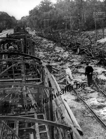 F-60200 Compiègne. 1944. Train détruit (AR88)
