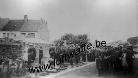 F-62200 Boulogne. Inhumation (3) (WL386)