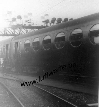 F-75000 Paris. 1941. Train rapide vers Rennes (WL403)