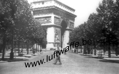 F-75000 Paris. 1942. Place de l'Etoile (WH57)