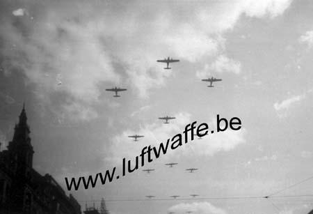 F-75000 Paris. Juin 40. Parade de la victoire (WL31)