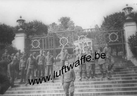 F-Avance en France. 1940 (4) Cimetière (WL472)