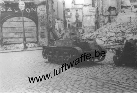 F-Mai 40. Blindé français détruit (WH39)