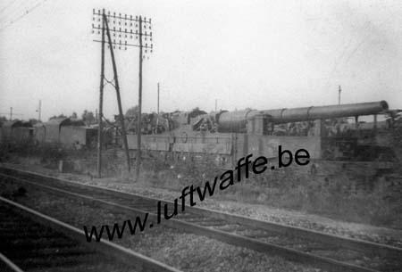 F-Mai 40. Canon français sur rail capturé (WH11)
