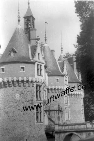 F-Mai-juin 40. AOK 4. Château (5)