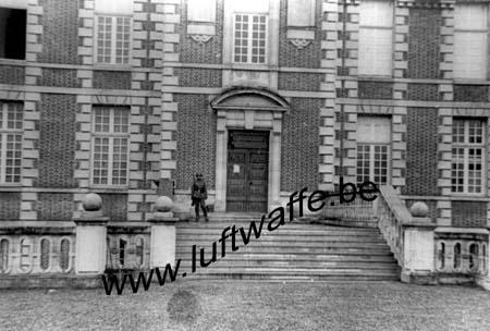 F-Mai-juin 40. AOK 4. Château (6)