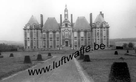 F-Mai-juin 40. AOK 4. Château (8)