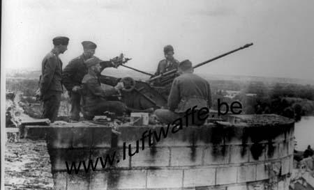 F-Mai-juin 40. Flak sur pont (AR3)