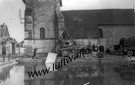 F-Nord de la France. 1940. Entretien d'un Pz. (WL336)