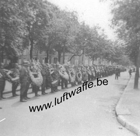 F-Sud de la France. 1943. Inhumation d'un FJ (1) (WL24)
