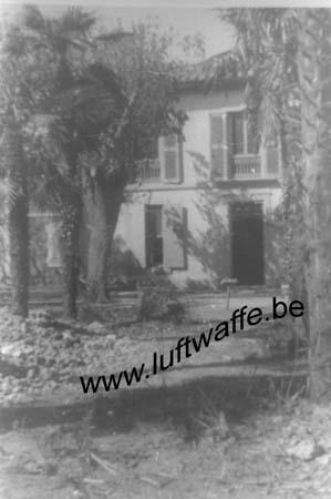 F-13200 Arles. 1944. Cantonnement (WL334)