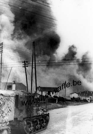 F-14000 Caen. 1944. Lorraine et ville en feu (WH58)