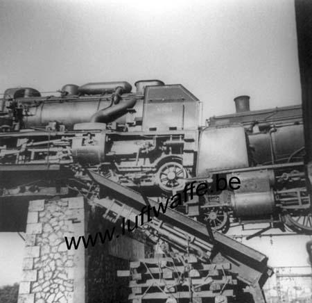 F-28000 Chartres. 1940. Locomotives détruites (WL101)