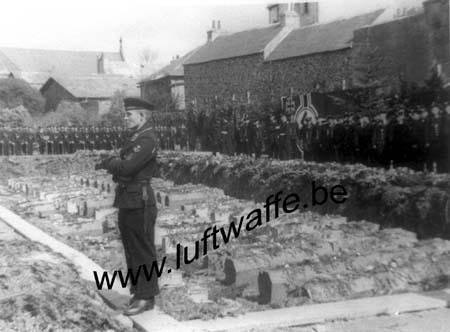 F-29200 Brest. 1941. Inhumation (1) (WL492)