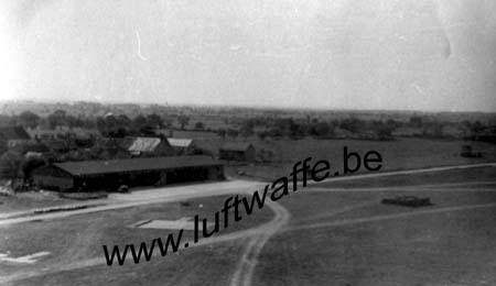 F-35800 Dinard. L'aérodrome en 40 (WL163)