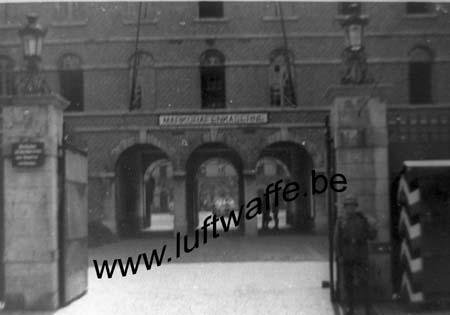 F-59140 Dunkerque. Entrée de la caserne. 1940 (WH10)
