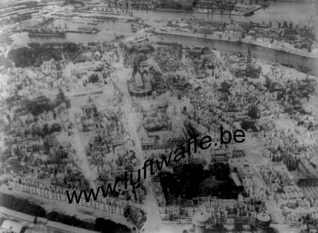 F-59140 Dunkerque. Juin 40. Vue du ciel (WL476)