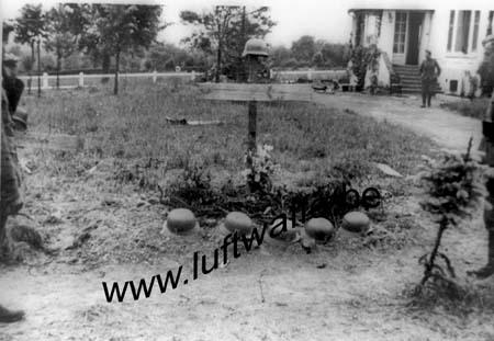 F-59360 Catillon. Tombes.Mai-juin 40 (WH14)