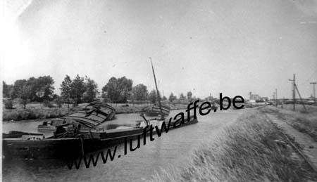 F-59480 La Bassée. Péniches en juin 40 (WH74)