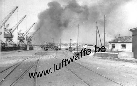 F-62100 Calais. Le port. Mai 40 (WH1)