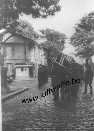 F-75000 Paris (secteur). 1941. Inhumation (WL299)