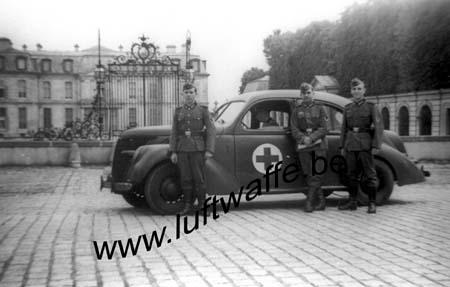 F-75000 Paris. 1942 (WH57)