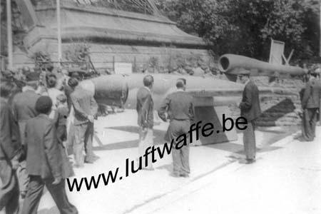 F-75000 Paris. 1945. Exposition de la victoire (B112)
