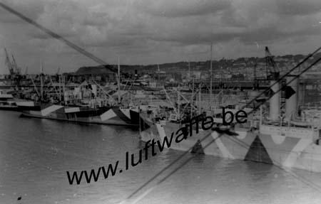 F-76600 Le Havre. 1940. Port (WL75)