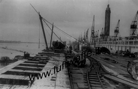 F-76600 Le Havre. 1941. Gare maritime (WL609)