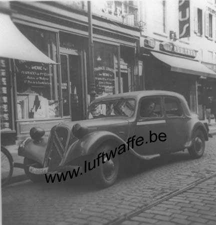 F-76600 Le Havre. Août 40. La voiture de service (WL247)