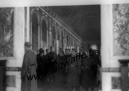 F-78000 Versailles. Visite du château. 1941 (WL26)