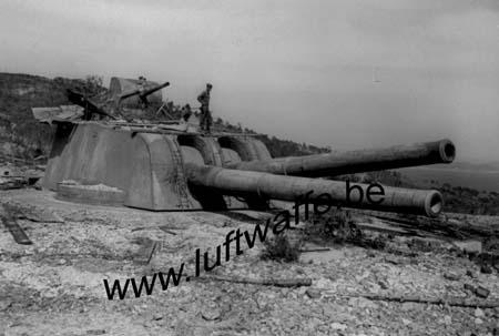 F-83000 Toulon. Batterie côtière 1944 (AR143)